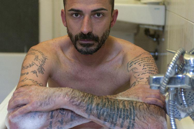 Profili pericolosi e amici imprudenti | Mauro Fornaro
